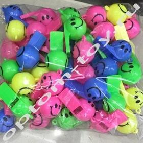 Детские свистки СМАИЛ, со шнурком, 200 наборов по 12 шт., оптом